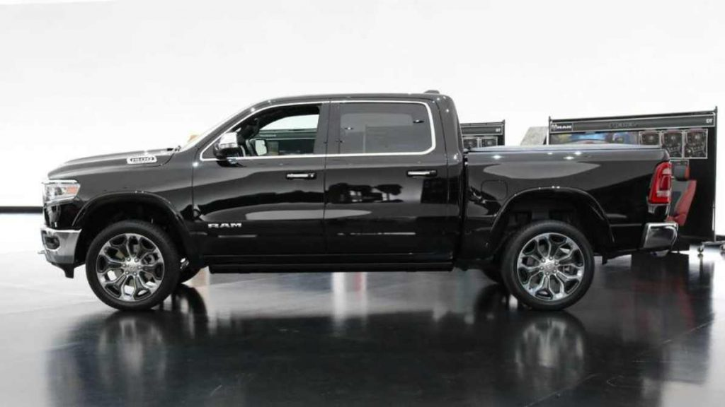 Dodge RAM 2019 Lateral