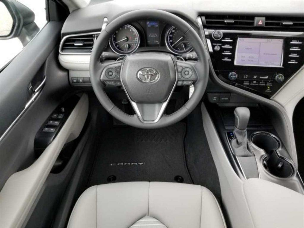 Toyota Camry 2019 Interior Tablero
